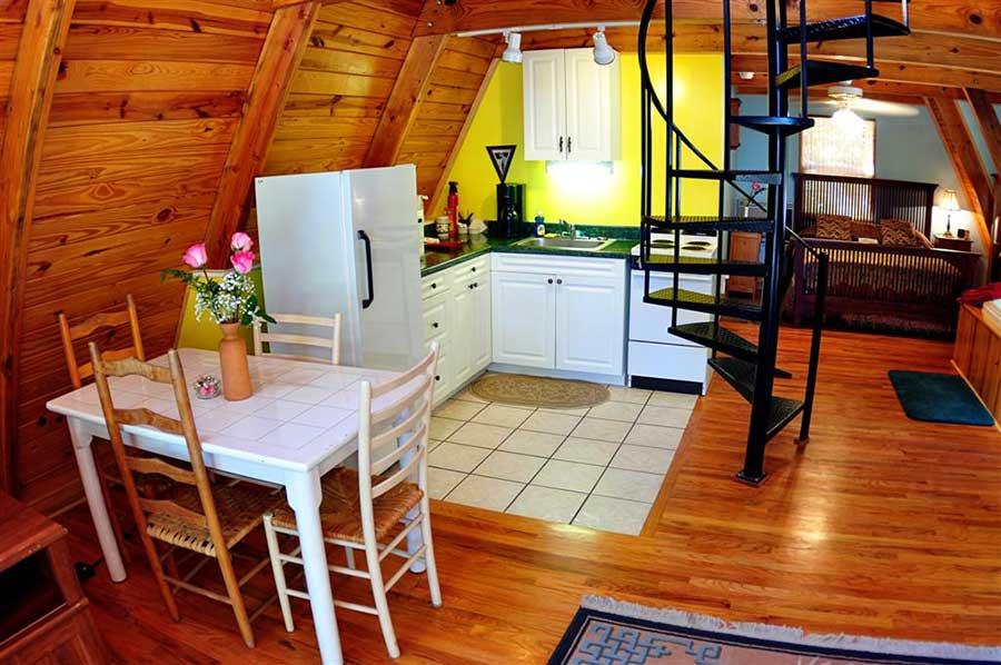 Cabin Kingfisher Kitchen